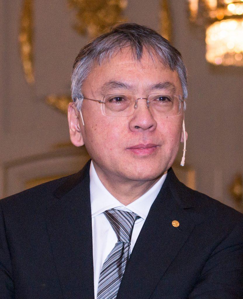 Nascido no Japão e criado na Inglaterra, Kazuo Ishiguro é o vencedor do Prêmio Nobel de Literatura de 2017.