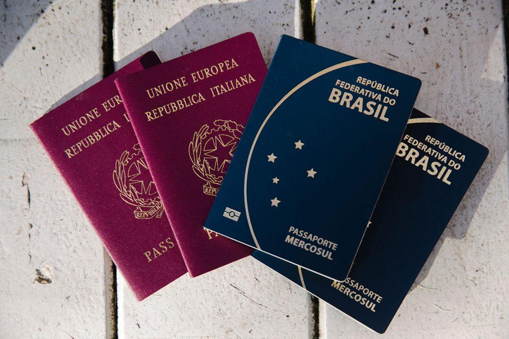 Todo descendente tem o direito de solicitar a cidadania italiana. Porém, as situações mudam de acordo com o o gênero do ascendente.