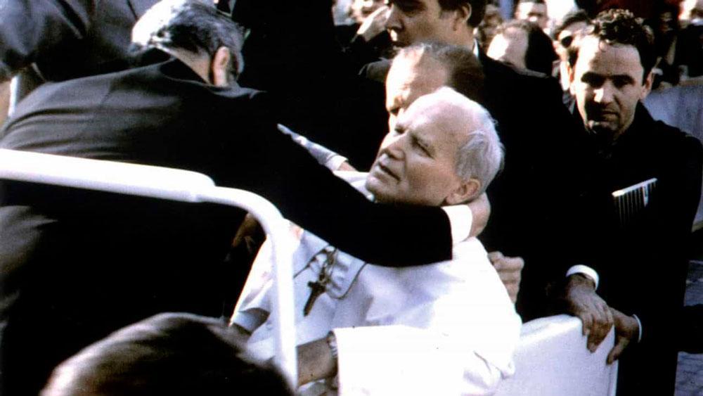 Um dos pontífices mais carismáticos da Igreja Católica, João Paulo II foi eleito 264° papa da história em 1978, aos 58 anos de idade.